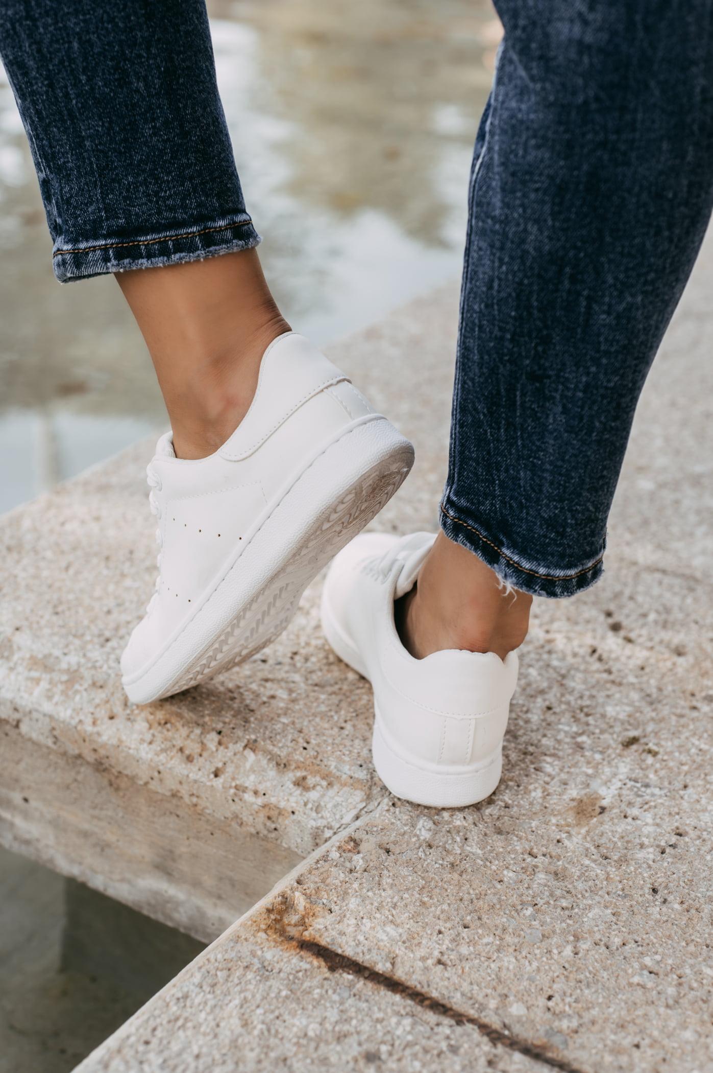 antithesis-clothing-sneakers-basic-leuka (1)