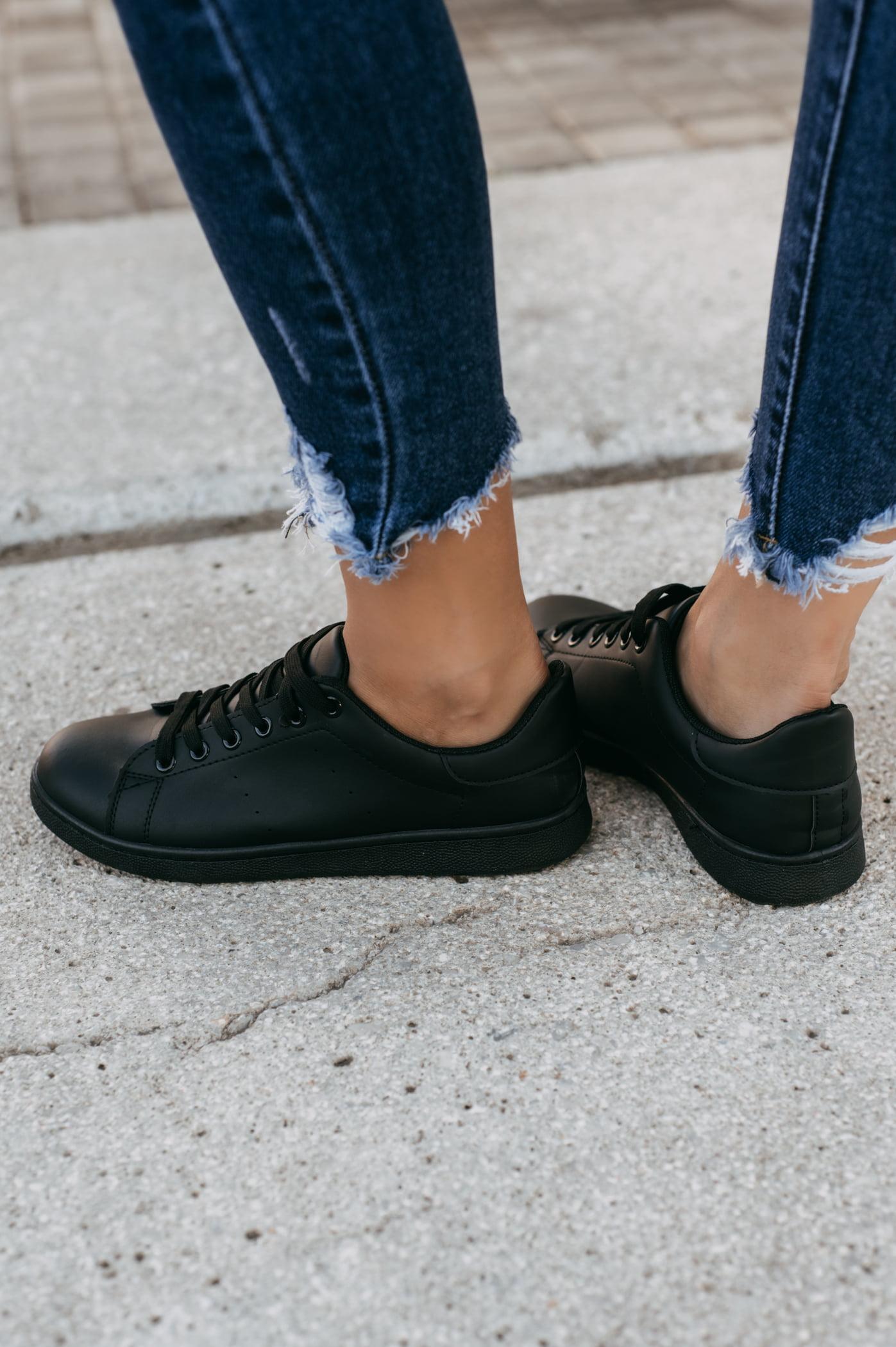 antithesis-clothing-sneakers-basic-mavra (3)