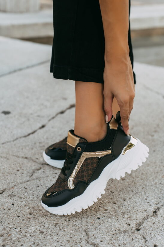 antithesis-clothing-sneakers-me-sxedio-kai-sindiasmo-xrwmatwnm (3)